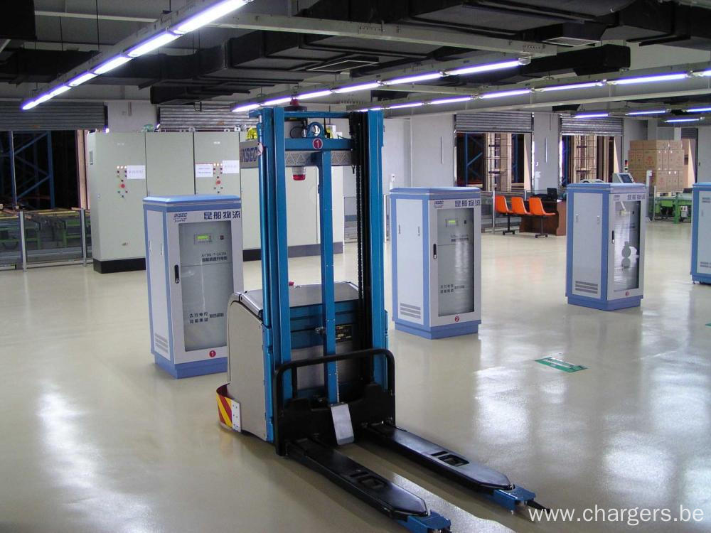 Electric Pallet Trucks VRLA NiCd LiFePO4 Battery Chargers