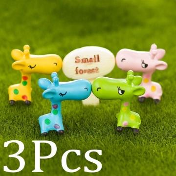 3Pcs New Cute Mini Resin Animal Giraffe Fairy Garden Ornament Miniature Bonsai Plants Pots Fairy DIY Doll(Color random)
