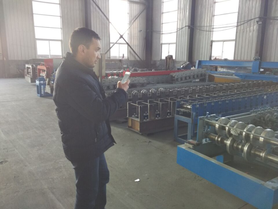 roof panel roll forming machine (2)