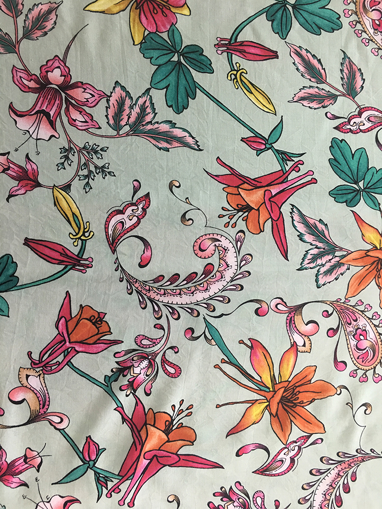 Paisley Design Rayon Challis 30S Light Printing Fabric