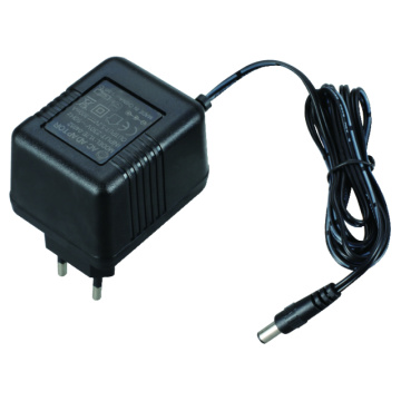 7W Linear AC DC Power Adapter med CE