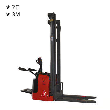 Smaller Body Electric Reach Truck