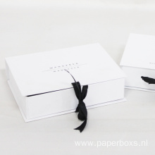 Luxury White Folding Paper Gift Box With Ribbon