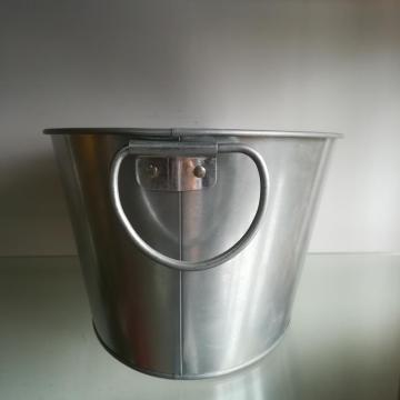 7.5QT Oval Ice bucket with handle