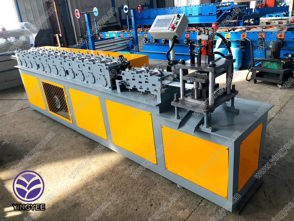 Roller Shutter Slate Roll Forming Machine From Yingyee09
