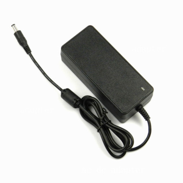 DC 8.4Volt 5Amp AC-adapter Acculader Scooter