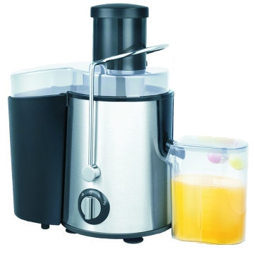 Juicer with easy clean up