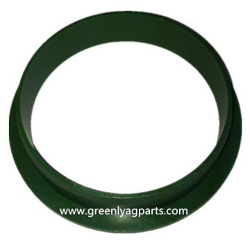 B30887 John Deere seal retainer for G183318 hub