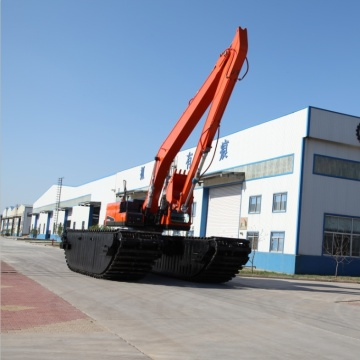 Strong crawling ability-Amphibious Excavator