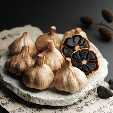 Anti-Aging Function Organic Black Garlic in the Cuisine