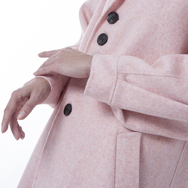 The sleeves of the new pink cashmere overcoat