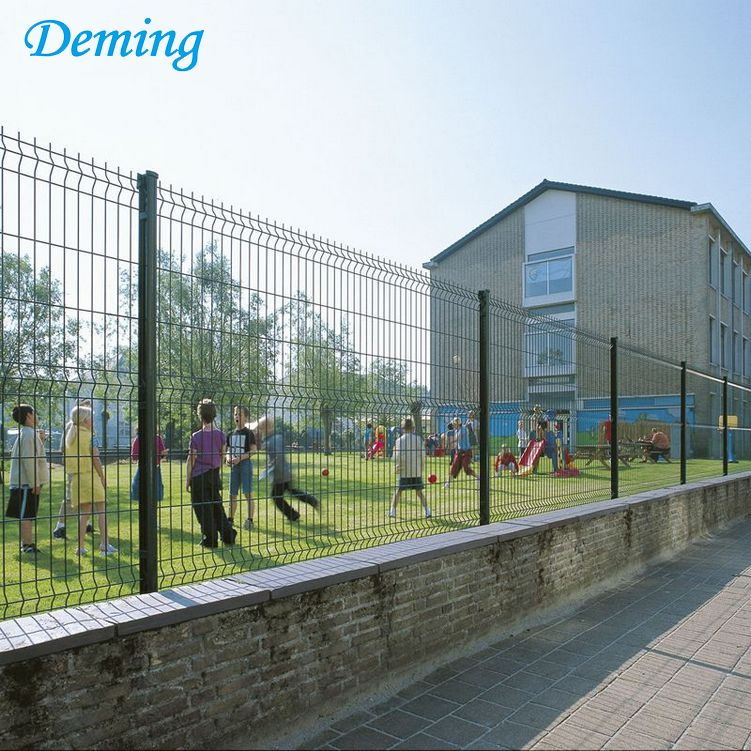 Powder Coated V Style Mesh Fence for Prison