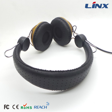 Best Selling Good Sound Quality OEM Headphone Kayu
