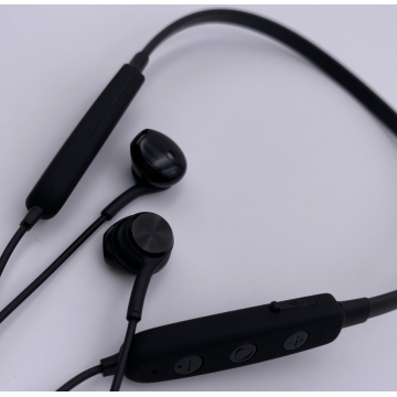 Noise Cancelling Bluetooth Headset for Workout
