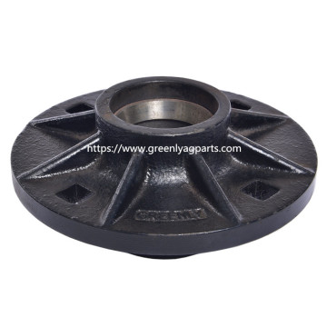 G2900 2555-115 Yetter cast iron hub with cap