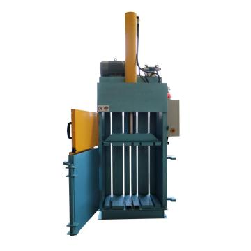 Vertical Small size baling press with CE