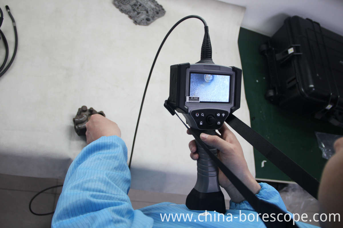 Pipelines container inspection borescope