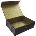 Customized Magnetic Closure Folding Gift Paper Box