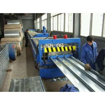 New type metal floor deck roll forming machine