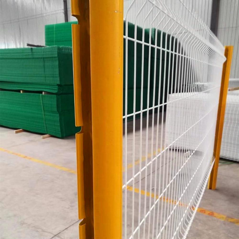 3D Fence Panel With Peach Shape Post