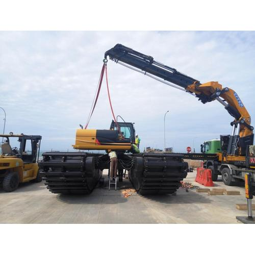High Efficiency 110W-115W Amphibious Excavator Sale