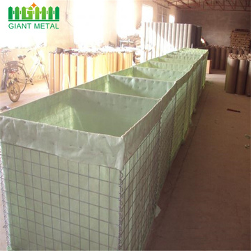 Defensive hesco barriers for military sand wall