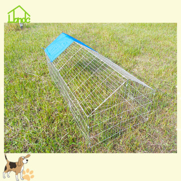 Easy to install folding metal pet cage