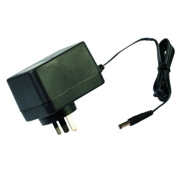 Atacado 15W Plug in Adaptador Linear AC