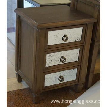 3 Drawer Mirrored Antique painting Bedside