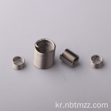 ISO 메트릭 M2 / M5 / M6 / M8 fasterners threaded inserts