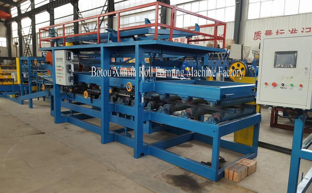 Color Steel Sheet Sandwich Panel Foming Machine