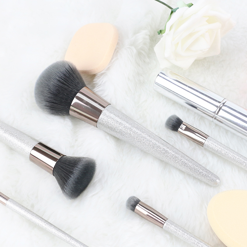 Sliver Handle Makeup Brushes
