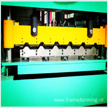 Corrugation Metal Sheet Roll Forming Machine High Speed‎