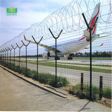 Picket fence airport west