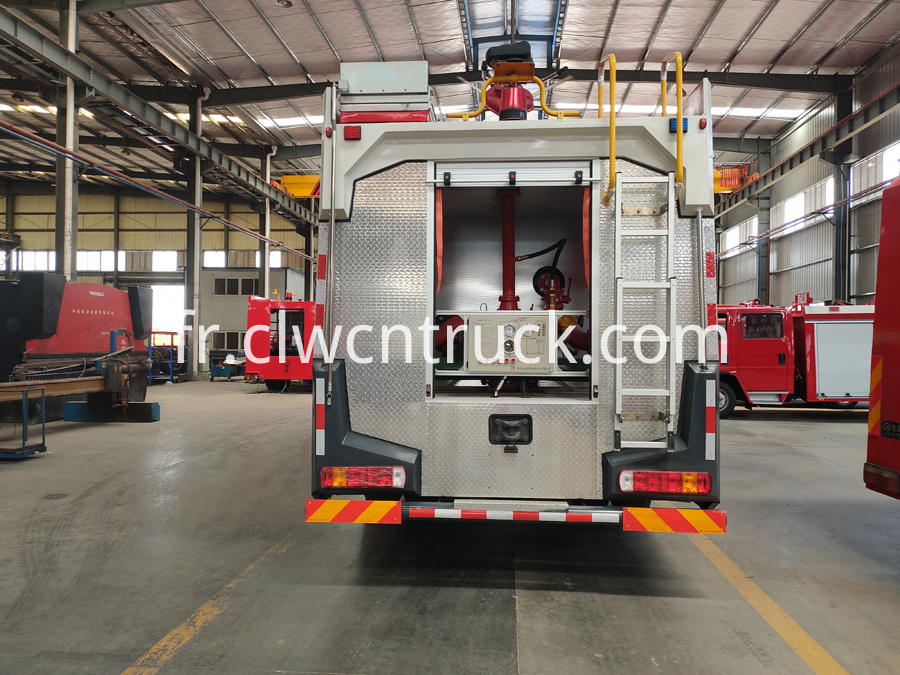 fire engines manufacturer