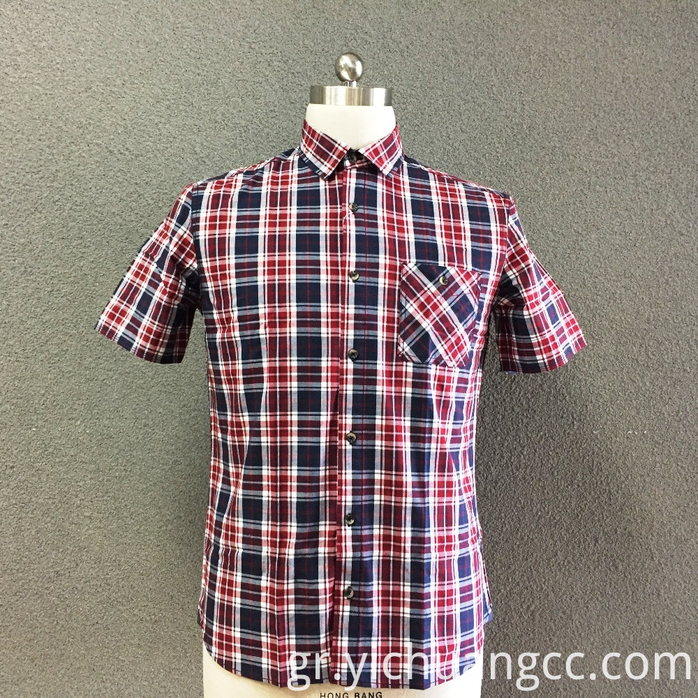 Men's cotton plaid yarn dyed short sleeves shirt