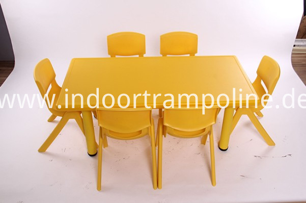 stundent chairs