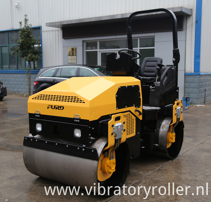 vibratory road roller (1)