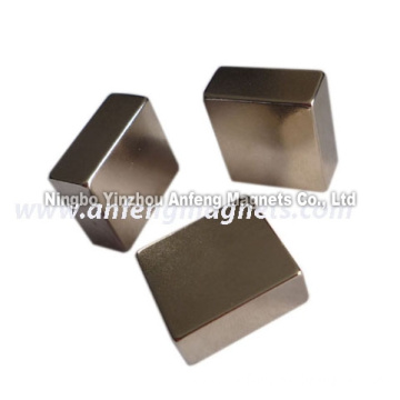 N40 rectangular magnet 20*20*7 mm