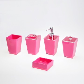 New Design Acrylic Bathroom Accessory Set