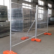 Metal mesh temporary fence