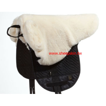 Horse lambskin saddle pad