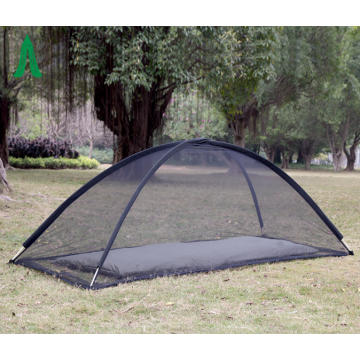 Outdoor mesh tent for mosquito prevention