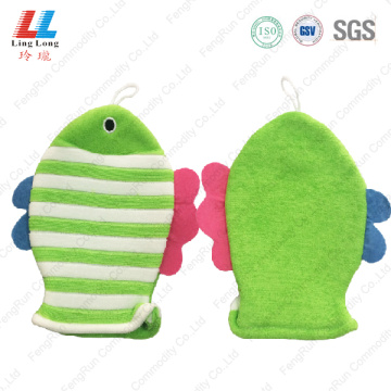 Green gradient soft baby bath gloves