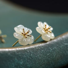 SNew silver Hetian white Chalcedony plum earrings small craftsmanship niche design fairy fresh and lovely women's brand jewelry