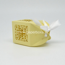 wedding favor box with ribbon for party