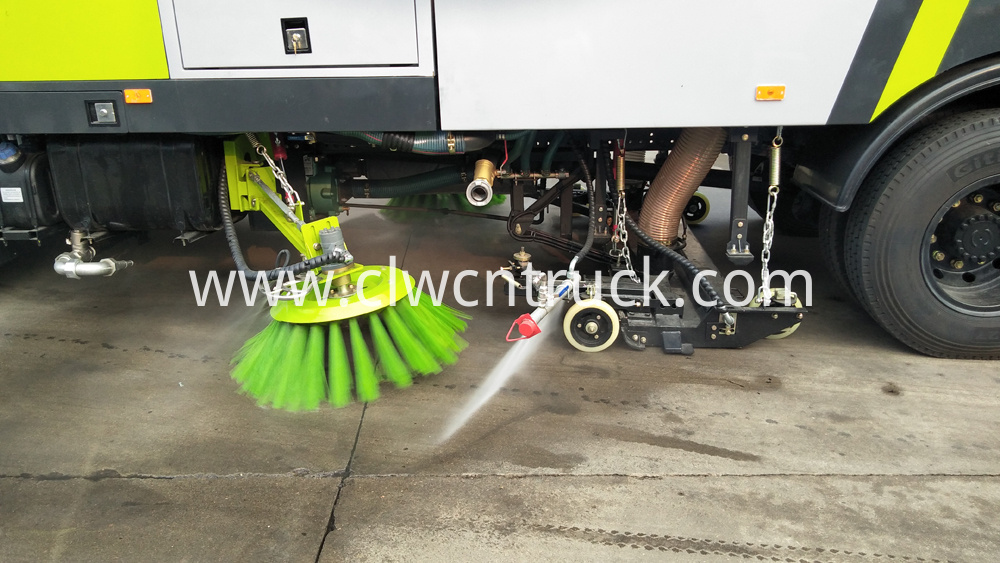 street sweeping truck side spraying