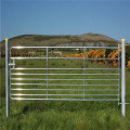 Round pipe galvanized cattle railing fence for ranch