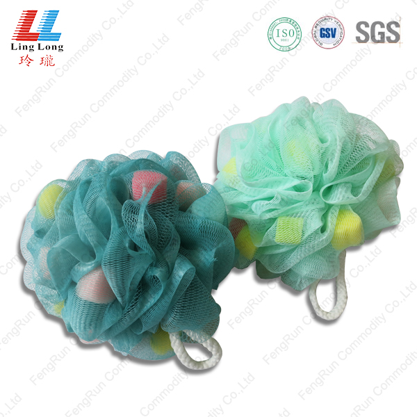 Little sponge mesh bath item