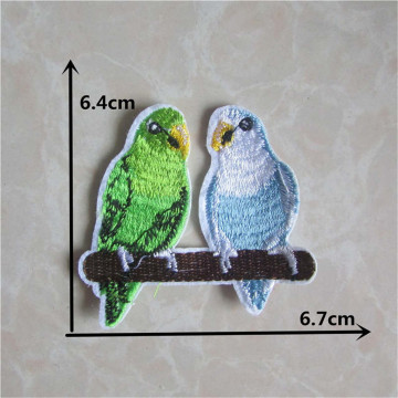 New Arrival cartoon parrot cloth embroidery patch